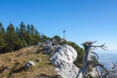 En vue de la croix