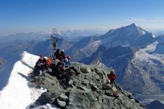 Une belle croix, travaillée, pour un beau sommet suisse